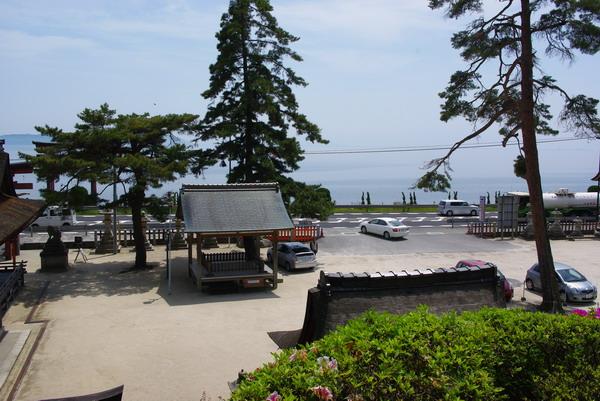 琵琶湖と白鬚神社