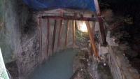 洞窟風呂1
