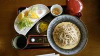 ざるそばと野菜天ぷら
